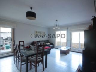 Ver Apartamento T2 com garagem, Rio Tinto em Gondomar