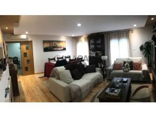 See Apartment 3 Bedrooms With garage, Quinta das Trigosas (São Salvador), Cidade de Santarém, Cidade de Santarém in Santarém