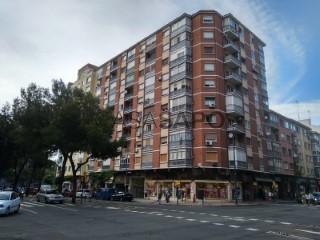 Ver Piso 3 habitaciones + 1 hab. auxiliar en Zaragoza