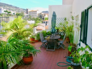 See Apartment 2 Bedrooms With garage, Centro, Funchal (São Pedro), Madeira, Funchal (São Pedro) in Funchal