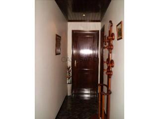See Apartment 2 Bedrooms, Algueirão-Mem Martins in Sintra