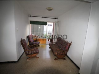 Ver Piso 3 habitaciones + 1 hab. auxiliar en Pineda de Mar