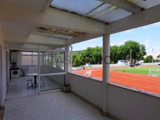 Ver Apartamento T3 com garagem, Alcobaça e Vestiaria em Alcobaça