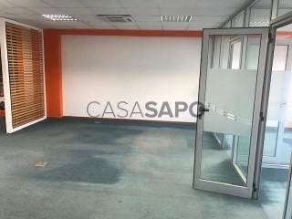 Ver Escritório  com garagem, Cidade de Talatona em Talatona