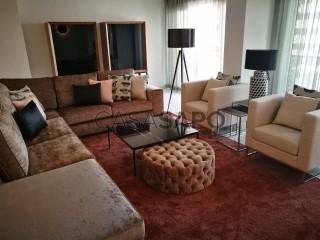Ver Apartamento T4+1 com garagem, Cidade de Talatona em Talatona