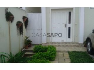 Ver Moradia T4 Duplex com piscina em Viana