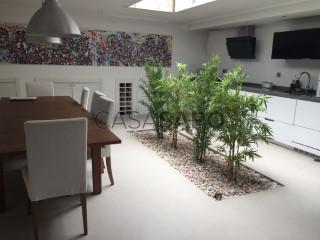 Ver Moradia T4 com garagem, Maianga-Maianga em Luanda