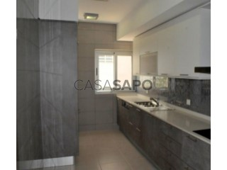 See Apartment 2 Bedrooms with garage, Futungo de Belas in Belas