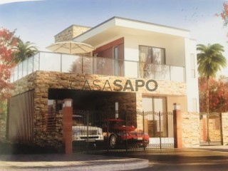See House 4 Bedrooms Duplex, Camama in Belas
