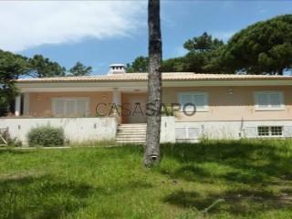 Voir Ferme 4 Pièces Duplex avec garage, S.Maria e S.Miguel, S.Martinho, S.Pedro Penaferrim à Sintra