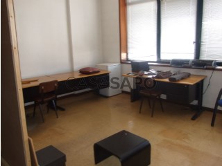 Voir Bureau, Amarante (São Gonçalo), Madalena, Cepelos e Gatão, Porto, Amarante (São Gonçalo), Madalena, Cepelos e Gatão à Amarante