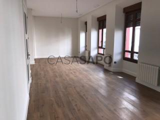 Ver Piso 4 habitaciones, Triplex en Badajoz