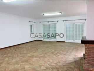 Ver Casa 5 habitaciones, Triplex Con garaje, Areias de São Pedro (Estoril), Cascais e Estoril, Lisboa, Cascais e Estoril en Cascais