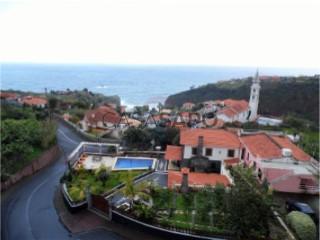 See Apartment 3 Bedrooms Duplex view sea, Faial in Santana