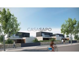 Voir Maison 5 Pièces Triplex avec garage, Moledo e Cristelo à Caminha