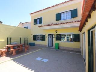 Ver Moradia T4 Duplex com garagem, Samora Correia em Benavente