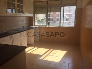 Ver Apartamento T2, Póvoa de Santa Iria e Forte da Casa em Vila Franca de Xira