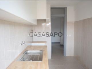 Voir Appartement 4 Pièces, Centro (Cadaval), Cadaval e Pêro Moniz, Lisboa, Cadaval e Pêro Moniz à Cadaval