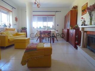 Voir Appartement 5 Pièces avec garage, Alto do Seixalinho, Santo André e Verderena à Barreiro