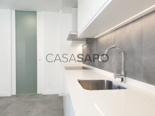 Voir Appartement 4 Pièces avec garage, São Sebastião à Setúbal
