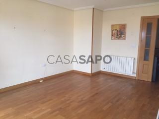 Veure Pis 3 habitacions + 2 hab. auxiliars amb garatge en Valverde del Majano