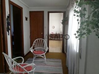 Piso 3 habitaciones + 1 hab. auxiliar, Vitoria-Gasteiz, Vitoria-Gasteiz