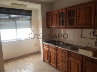 Ver Apartamento  com garagem, Marrazes e Barosa em Leiria