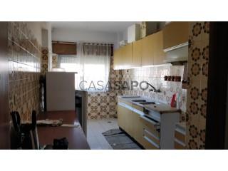 Ver Apartamento 3 habitaciones, Arrentela, Seixal, Arrentela e Aldeia de Paio Pires, Setúbal, Seixal, Arrentela e Aldeia de Paio Pires en Seixal