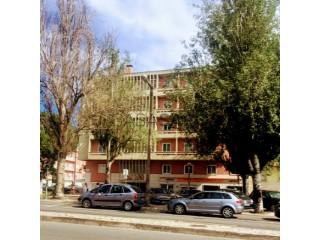 Voir Appartement 4 Pièces, Av. do Brasil (Campo Grande), Alvalade, Lisboa, Alvalade à Lisboa
