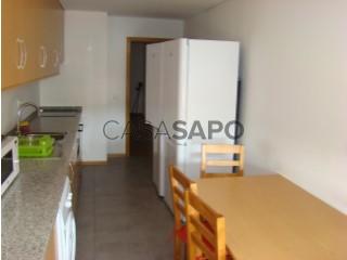 Ver Apartamento T5+4 com garagem, Santo António dos Olivais em Coimbra