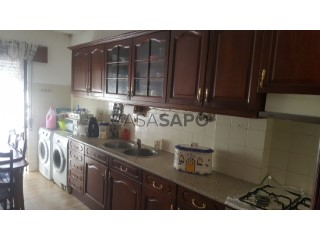 Ver Apartamento T2, Gaio-Rosário e Sarilhos Pequenos na Moita
