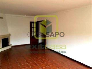 See Apartment 3 Bedrooms, Macinhata do Vouga in Águeda