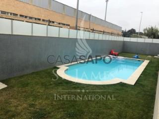 See Apartment 4 Bedrooms, Perafita, Lavra e Santa Cruz do Bispo in Matosinhos