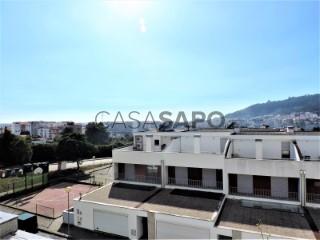 See House 4 Bedrooms with garage, Santa Maria Maior e Monserrate e Meadela in Viana do Castelo