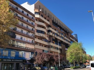 See Flat 3 Bedrooms in Cáceres