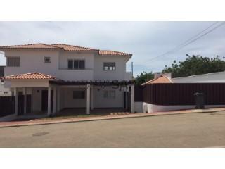 Ver Moradia T3 Duplex Com piscina, Cidade de Talatona, Luanda, Cidade de Talatona em Talatona