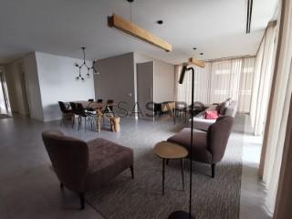 Ver Apartamento T4 Com garagem, Cidade Alta, Ingombota-Ingombota, Luanda, Ingombota-Ingombota em Luanda