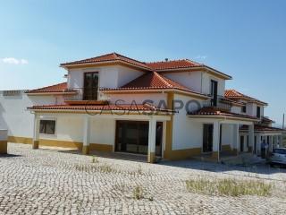 Voir Maison 5 Pièces Avec garage, Chamusca e Pinheiro Grande, Santarém, Chamusca e Pinheiro Grande à Chamusca