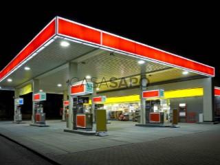 Voir Pompe à essence Avec garage, Troia, Sado, Setúbal, Sado à Setúbal