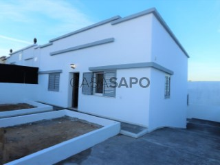 See House 2 Bedrooms +1 Duplex, Loures, Lisboa in Loures