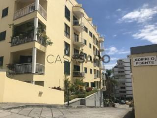 Voir Appartement 4 Pièces avec garage, São Martinho à Funchal