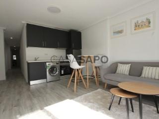 Ver Ático 2 habitaciones, Torrevieja, Alicante en Torrevieja