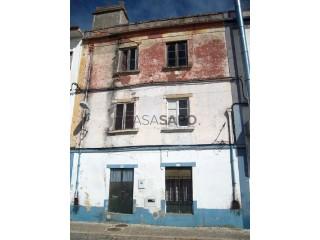 Voir Immeuble  , Santa Maria do Castelo e Santiago e Santa Susana à Alcácer do Sal