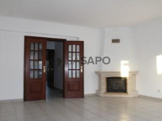 See Apartment 3 Bedrooms, Pescadores (Montijo), Montijo e Afonsoeiro, Setúbal, Montijo e Afonsoeiro in Montijo