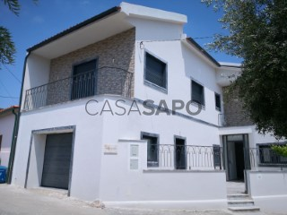 See House 3 Bedrooms with garage, Seiça in Ourém