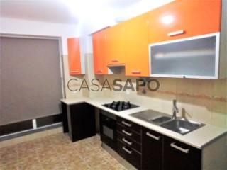 Ver Apartamento T3, Laranjeiro e Feijó, Almada, Setúbal, Laranjeiro e Feijó em Almada