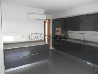 Voir Appartement 6 Pièces avec garage à Castelo Branco