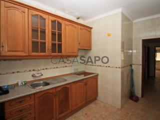 Voir Appartement 3 Pièces, J. J. Fernandes (Lavradio), Barreiro e Lavradio, Setúbal, Barreiro e Lavradio à Barreiro