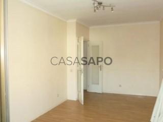 Ver Apartamento T3 com garagem, Baguim do Monte (Rio Tinto) em Gondomar