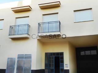 Ver Piso 3 habitaciones + 2 hab. auxiliares Con garaje, Cúllar Vega, Granada en Cúllar Vega